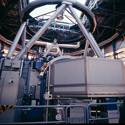 Ultraviolet and Visual Echelle Spectrograph (UVES)
