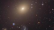Pan across ESO 325-G004